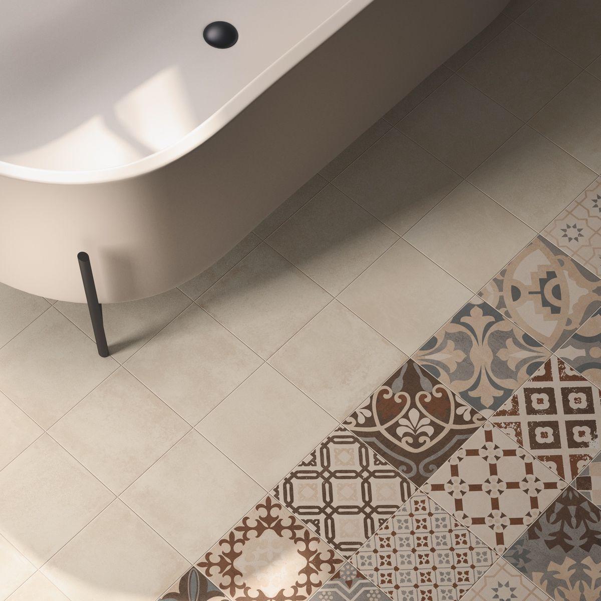 Come Piastrellare Un Pavimento idee per piastrellare un bagno lungo e stretto